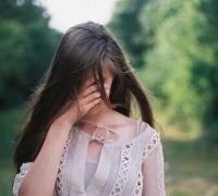 爱情伤感的句子看到都想流眼泪