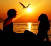 朋友圈创意公布恋情短语,一句话简单化公布恋情