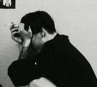 qq头像男生帅气伤感抽烟